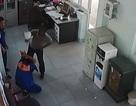 Triệu tập người đàn ông đánh tới tấp nhân viên bán xăng vì nghi gian dối
