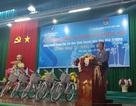 Ngân hàng Shinhan Việt Nam đồng hành cùng học trò nghèo tại Tân Cương và Đức Hòa