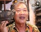 """Người đàn ông 60 năm """"thổi hồn"""" vào tượng đồng ở Hà Nội"""