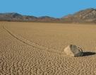 Bí ẩn về những hòn đá tự di chuyển ở thung lũng Chết