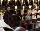 """""""Giải mã"""" chiếc ghế trống cạnh Hoàng tử William trong đám cưới em trai"""
