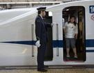 Công ty đường sắt Nhật xin lỗi vì... tàu khởi hành sớm 25 giây