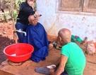 Nhóm bạn trẻ cao nguyên cắt tóc miễn phí cho học sinh nghèo, người khuyết tật