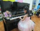 Trong trẻo tiếng đàn Piano của học sinh mầm non Hoa Trà My