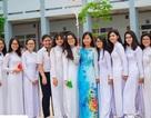 Trong lễ tổng kết năm học, học sinh lớp 12 hứa sống tử tế
