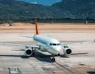 Tranh cãi với nhân viên an ninh, hành khách rơi từ máy bay xuống đường băng tử nạn