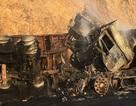 Hai xe đầu kéo bốc cháy, 3 người bị thiêu chết