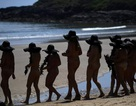 Hơn 2.500 phụ nữ khỏa thân lập kỷ lục thế giới