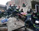 Hà Nội: Sập nhà vừa đổ mái, 1 người chết, 2 người bị thương
