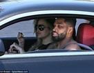 Khloe Kardashian tái xuất bên bạn trai bội bạc