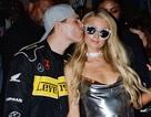 Paris Hilton hạnh phúc bên bạn trai