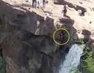 Thanh niên rơi thác 52 mét vì mải miết selfie