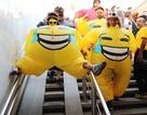 Những cổ động viên lạ đời nhất khuấy động bữa tiệc World Cup