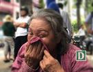 Đà Nẵng: Bà nội khóc trong khi đợi cháu tan trường thi