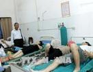 Xe chở 23 người Việt tại Lào gặp tai nạn, 2 người tử vong