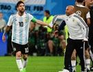Khen Messi nức nở, HLV Sampaoli muốn làm lành với các cầu thủ Argentina