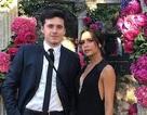 Victoria Beckham được con trai hộ tống dự tiệc