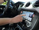 Android Auto và Apple CarPlay giúp tài xế đỡ mất tập trung hơn