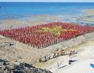 3.000 người tạo hình cờ Tổ quốc xác lập kỷ lục Việt Nam