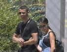 """Cristiano Ronaldo tranh thủ """"hâm nóng"""" cùng bạn gái trước World Cup 2018"""