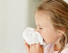 """Bắn ra ngoài sau """"hắt xì"""", vi rút cúm A/H1N1 sống được bao lâu?"""