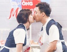 Hari Won - Trấn Thành liên tục hôn nhau trên sóng truyền hình