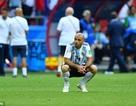 Mascherano rơi nước mắt giã từ đội tuyển Argentina