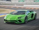 Siêu xe Lamborghini Aventador bị lỗi chết máy khi về số thấp