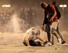 Hai cổ động viên Pháp thiệt mạng do ăn mừng quá khích