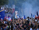 Choáng ngợp lễ diễu hành mừng chức vô địch của đội tuyển Pháp