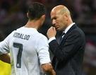 Sau C.Ronaldo, Juventus tính mời HLV Zidane