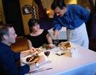 Ăn tối sớm làm giảm nguy cơ ung thư vú và ung thư tuyến tiền liệt