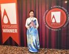 Họa sỹ Nguyễn Thu Thủy nhận cúp Bạc Thiết kế Quốc tế tại Ý
