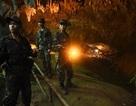 Đội bóng Thái Lan được tin còn sống sót ở đoạn cuối hang