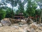 Vụ 4 người bị lũ cuốn: Những tảng đá hàng chục tấn vùi lấp 3 căn nhà
