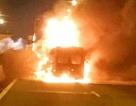 Xe khách bốc cháy ngùn ngụt, 2 người trên xe tử vong