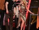 Kylie Minogue: 50 tuổi vẫn trẻ đẹp, gợi cảm
