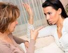 """Ấm ức vì bị mẹ vợ """"bêu"""" chuyện phòng the bên hàng xóm, chàng rể đáp trả không ngờ"""