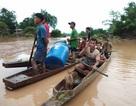 """(Trực tiếp từ Lào): Cảnh tan hoang sau cơn """"đại hồng thủy"""""""