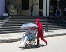 Bộ Y tế yêu cầu chống nắng, cung cấp nước uống miễn phí cho bệnh nhân