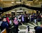 Chánh án tòa tối cao Malaysia tự tay quét dọn nhà vệ sinh