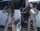 Kim Kardashian liên tục lăng xê trang phục chồng thiết kế