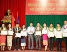 Trao bằng tốt nghiệp tiếng Việt cho 100 lưu học sinh Lào