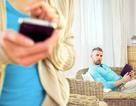 """Hứng trận lôi đình của chồng vì """"thả thính"""" qua tin nhắn facebook"""
