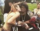 Paris Jackson hạnh phúc bên bà nội