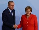 """Châu Âu ra mặt bênh Thổ Nhĩ Kỳ trước """"cú đâm sau lưng"""" của Mỹ"""