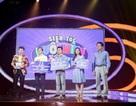 Đại diện PV GAS trao giải đợt một cho cuộc thi trên fanpage Gameshow Đuổi hình bắt chữ