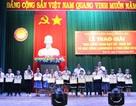 Bình Định: Trao 172 suất học bổng cho học sinh và giáo viên