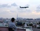 """Người Sài Gòn """"lên trời"""" uống cà phê, ngắm máy bay"""