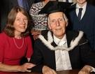 Cụ ông nhận bằng ĐH Oxford dù học xong cách đây... 76 năm